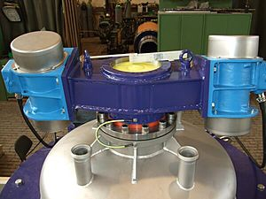 Driving unit pressure plate filter