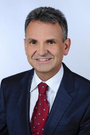 Michael Elbs3